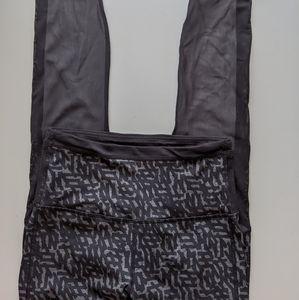 Lululemon - mesh panel leggings